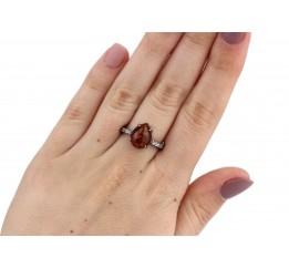 Кольцо серебряное с янтарём Капелька (к1225я)