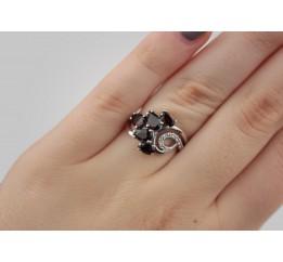 Кольцо серебряное с натуральным гранатом Касандра (1389/1р гранат)