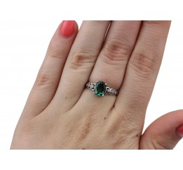 Кольцо серебряное с зелёным кварцем Сердечки с камнями (1910/9р з кварц )