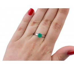 Кольцо серебряное с  зелёным агатом Эир (1832/9р з агат)