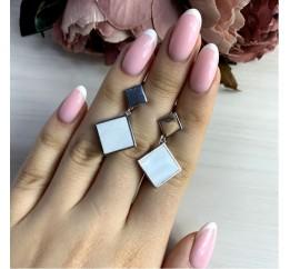 Серебряные серьги SilverBreeze с натуральным перламутром (2038757)