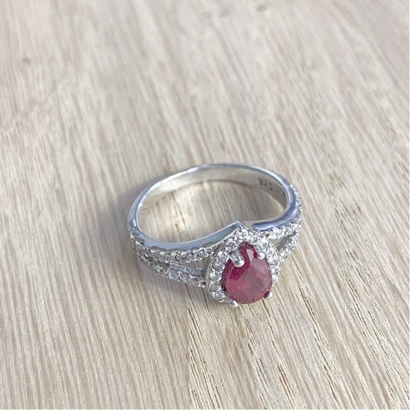 Серебряное кольцо SilverBreeze с натуральным рубином (0435541) 17 размер