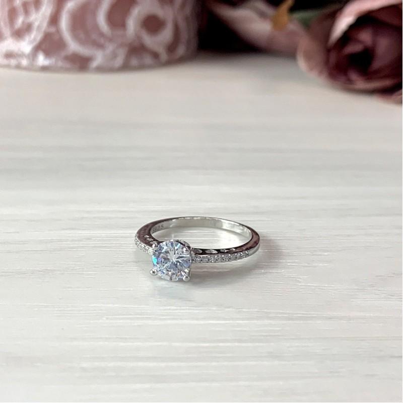 Серебряное кольцо SilverBreeze с фианитами (1914595) 18.5 размер