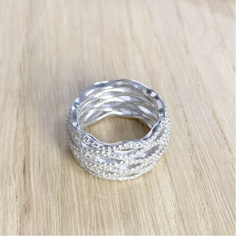 Серебряное кольцо SilverBreeze с фианитами (1918692) 17.5 размер
