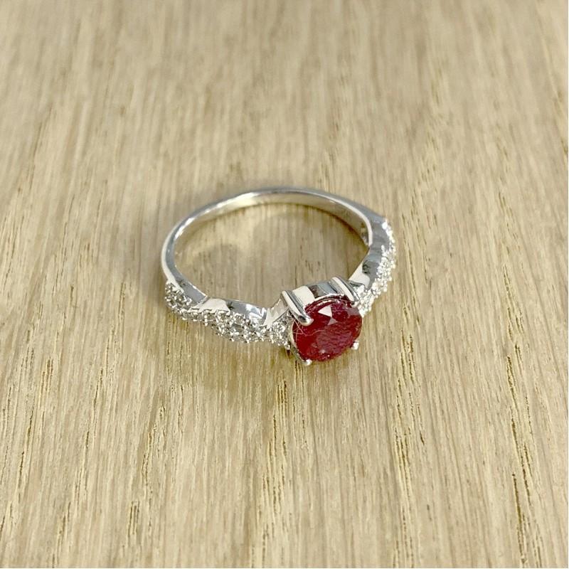 Серебряное кольцо SilverBreeze с натуральным рубином (1930199) 18.5 размер