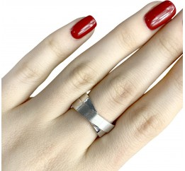 Серебряное кольцо SilverBreeze без камней (1957288) 16 размер
