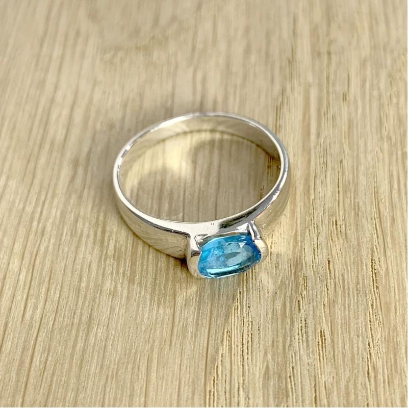 Серебряное кольцо SilverBreeze с аквамарином nano (1934159) 17.5 размер