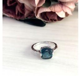 Серебряное кольцо SilverBreeze с натуральным топазом Лондон Блю (2019848) 17 размер