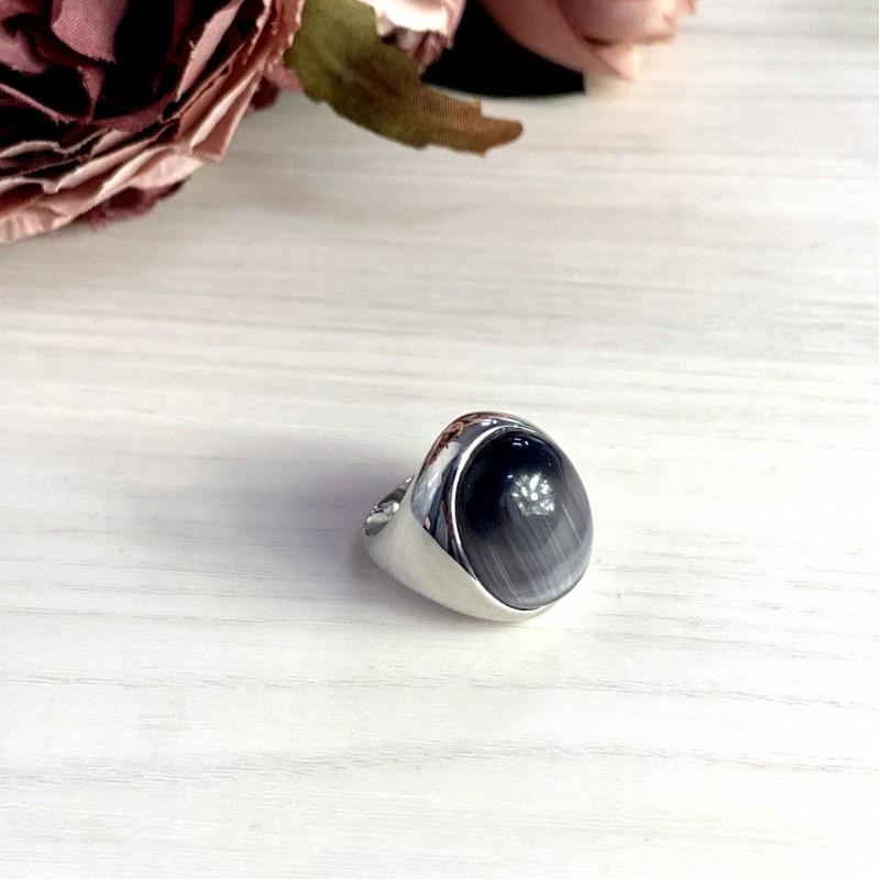 Серебряное кольцо SilverBreeze с кошачим глазом (1974124) 18 размер