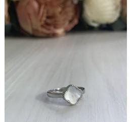Серебряное кольцо SilverBreeze с натуральным перламутром (1999868) 17 размер