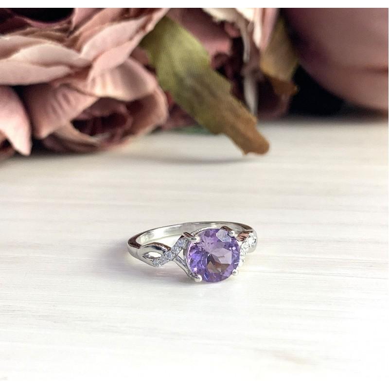 Серебряное кольцо SilverBreeze с натуральным аметистом (1983553) 17 размер