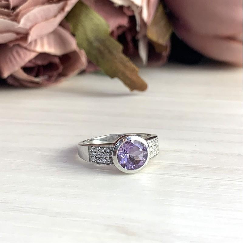 Серебряное кольцо SilverBreeze с натуральным аметистом (1983720) 18 размер
