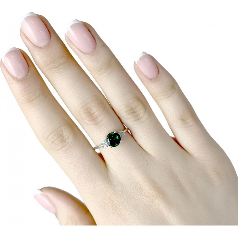 Серебряное кольцо SilverBreeze с изумрудом nano (1634578) 17 размер