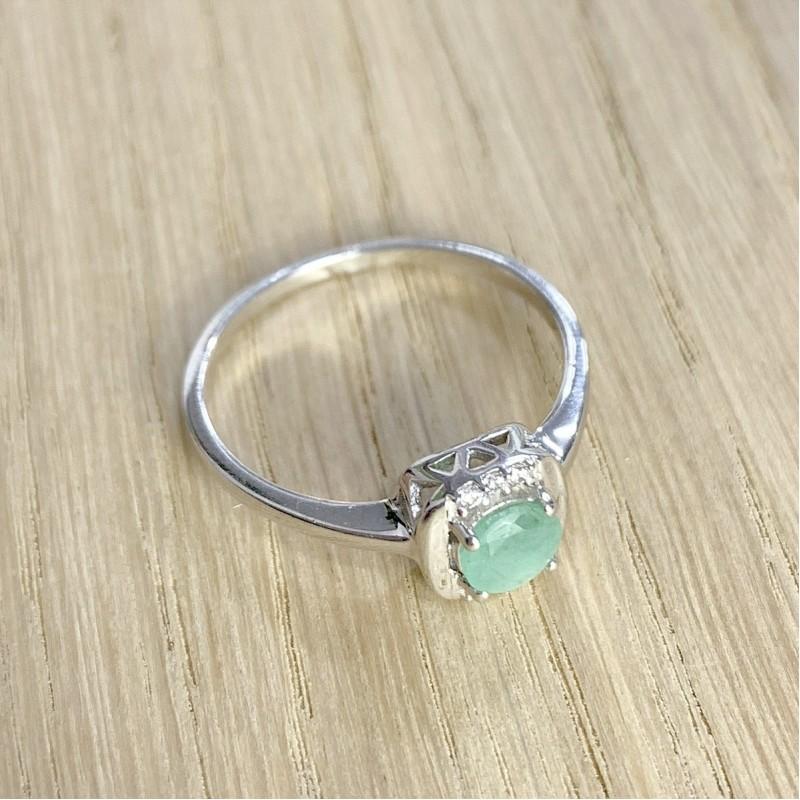 Серебряное кольцо SilverBreeze с натуральным изумрудом (1962077) 17.5 размер