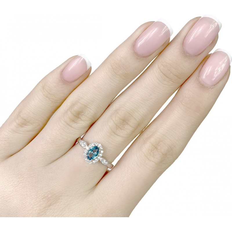 Серебряное кольцо SilverBreeze с натуральным топазом Лондон Блю (1970560) 17.5 размер