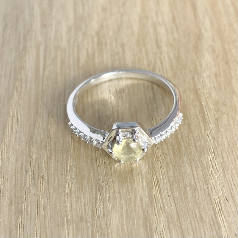 Серебряное кольцо SilverBreeze с цитрином nano (1970683) 18.5 размер
