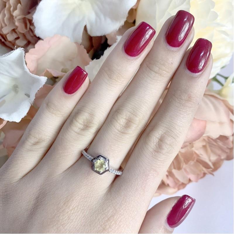 Серебряное кольцо SilverBreeze с цитрином nano (1970683) 17 размер