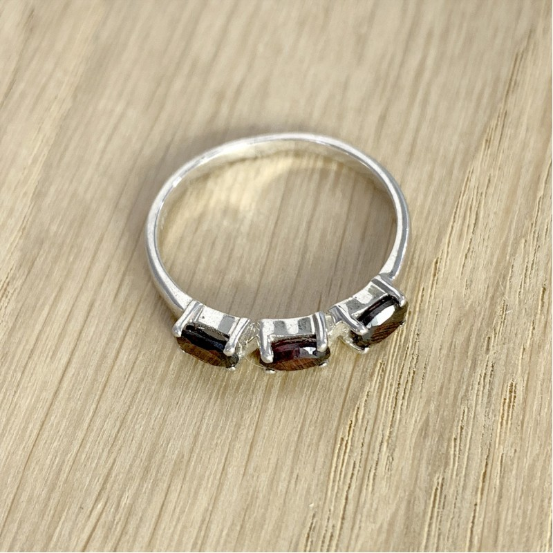 Серебряное кольцо SilverBreeze с натуральным гранатом (1090589) 17 размер