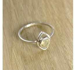 Серебряное кольцо SilverBreeze с цитрином nano (1961018) 17.5 размер