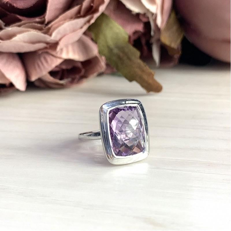 Серебряное кольцо SilverBreeze с натуральным аметистом (2007418) 18 размер