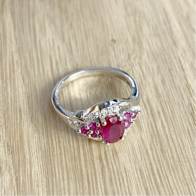 Серебряное кольцо SilverBreeze с натуральным рубином (1947005) 18 размер
