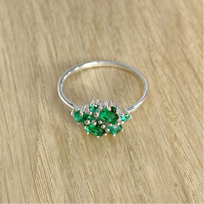 Серебряное кольцо SilverBreeze с изумрудом nano (1987810) 18 размер