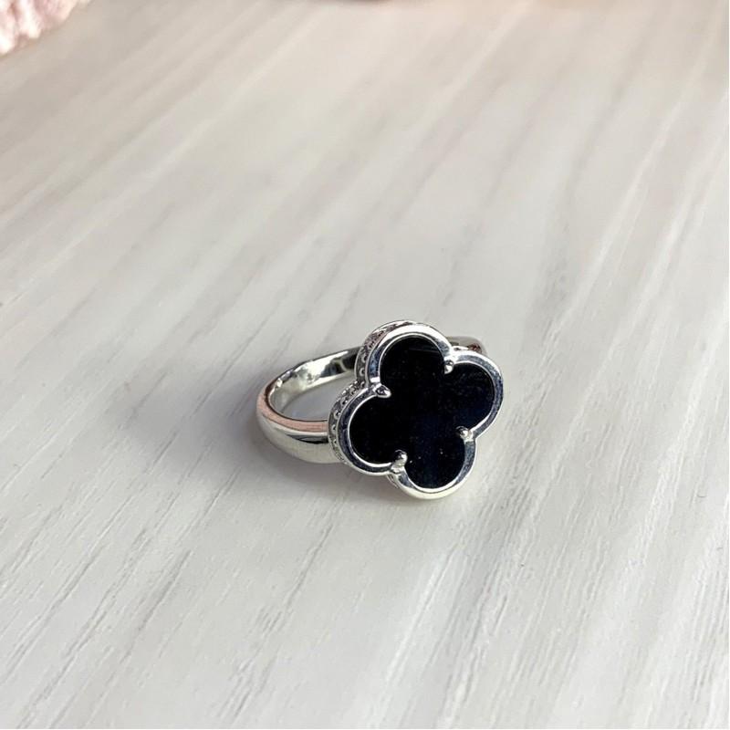 Серебряное кольцо SilverBreeze с керамикой (1998045) 18.5 размер
