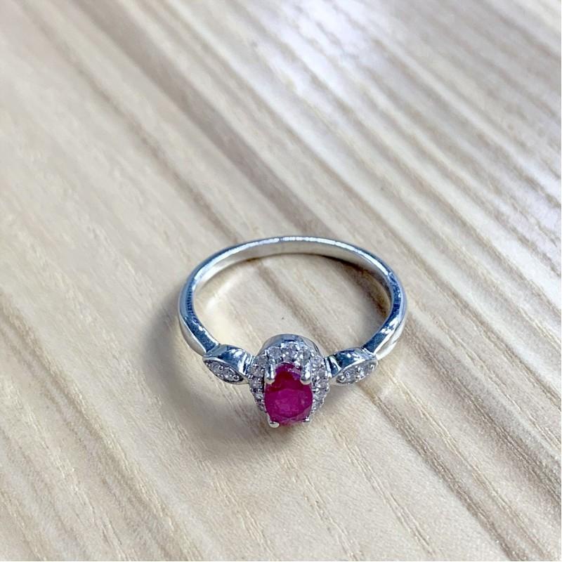 Серебряное кольцо SilverBreeze с натуральным рубином (1972724) 17.5 размер