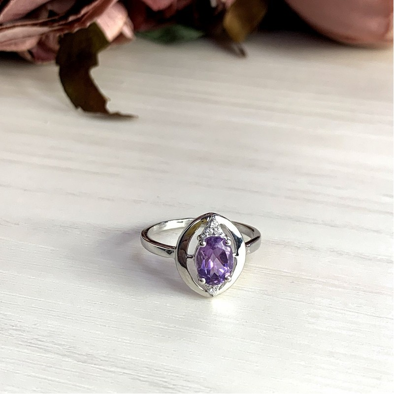 Серебряное кольцо SilverBreeze с натуральным аметистом (2020639) 17.5 размер