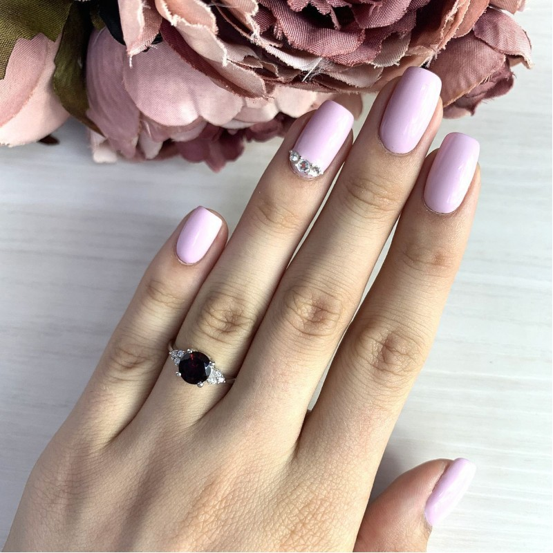 Серебряное кольцо SilverBreeze с натуральным гранатом (1228456) 17 размер