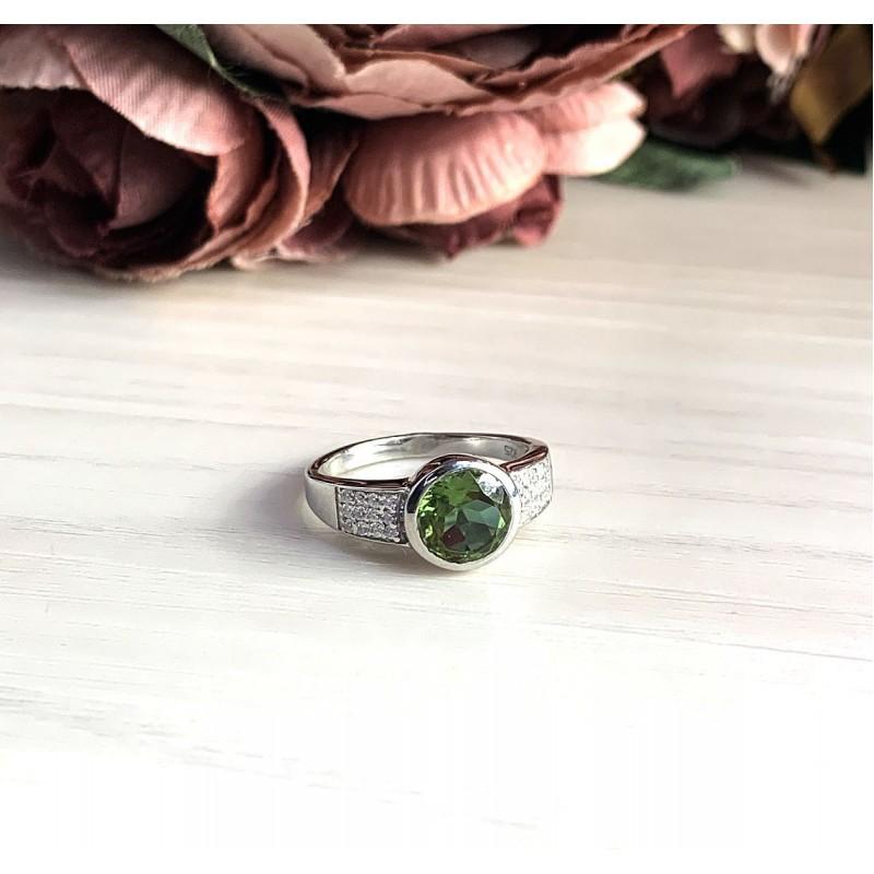Серебряное кольцо SilverBreeze с Султанит султанитом (1937624) 17 размер