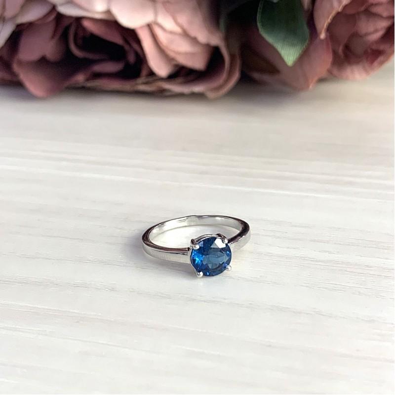 Серебряное кольцо SilverBreeze с натуральным топазом Лондон Блю (2012337) 17.5 размер