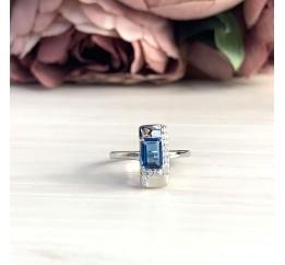 Серебряное кольцо SilverBreeze с натуральным топазом Лондон Блю (1988466) 18 размер