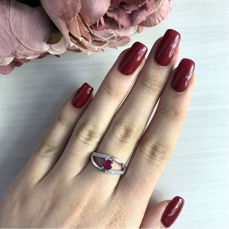 Серебряное кольцо SilverBreeze с натуральным рубином (2027102) 17 размер