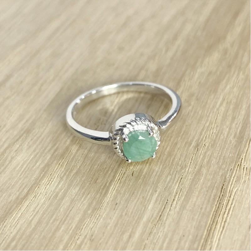Серебряное кольцо SilverBreeze с натуральным изумрудом (1937945) 17.5 размер