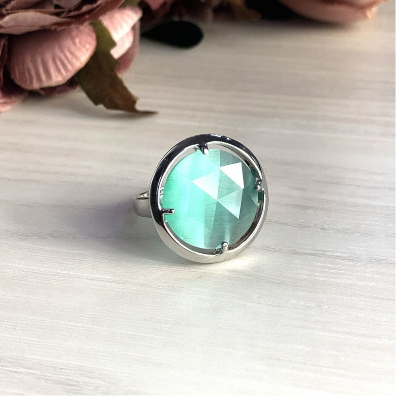 Серебряное кольцо SilverBreeze с кошачим глазом (2015314) 18 размер