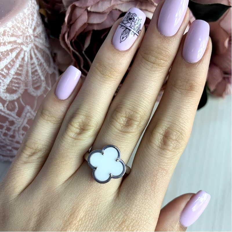 Серебряное кольцо SilverBreeze с керамикой (1998052) 18.5 размер