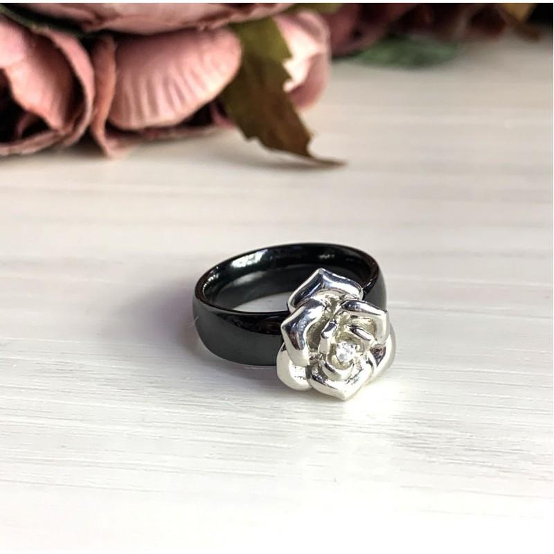 Серебряное кольцо SilverBreeze с керамикой (1540206) 18 размер