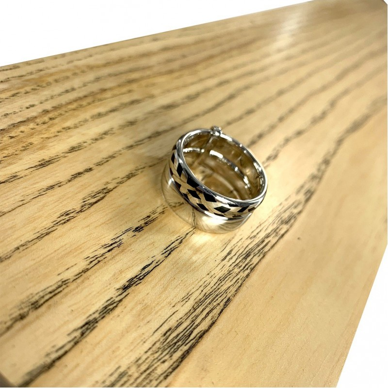 Серебряное кольцо SilverBreeze с емаллю (1985939) 16.5 размер