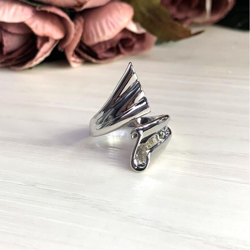 Серебряное кольцо SilverBreeze без камней (2031567) 18 размер