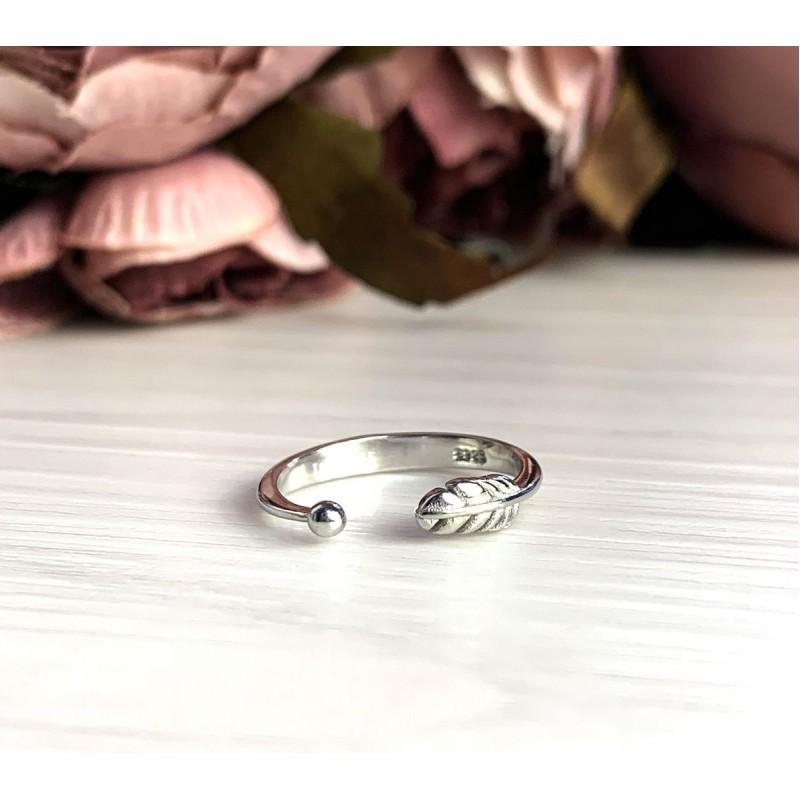 Серебряное кольцо SilverBreeze без камней (2030072) Регулируемый размер