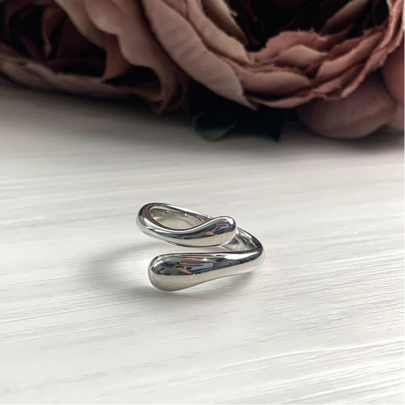 Серебряное кольцо SilverBreeze без камней (2016373) 16.5 размер