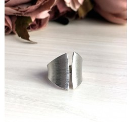 Серебряное кольцо SilverBreeze без камней (2016281) 17.5 размер