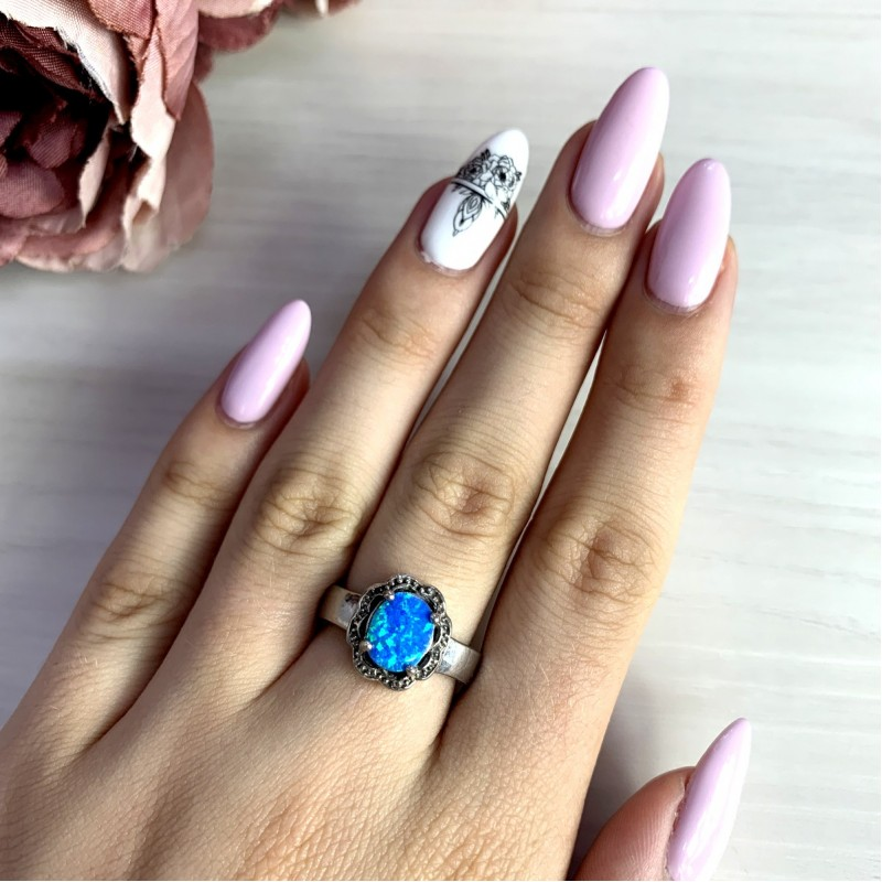 Серебряное кольцо SilverBreeze с опалом (0252445) 17.5 размер