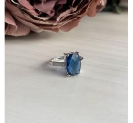 Серебряное кольцо SilverBreeze с натуральным топазом Лондон Блю (1245934) 17 размер