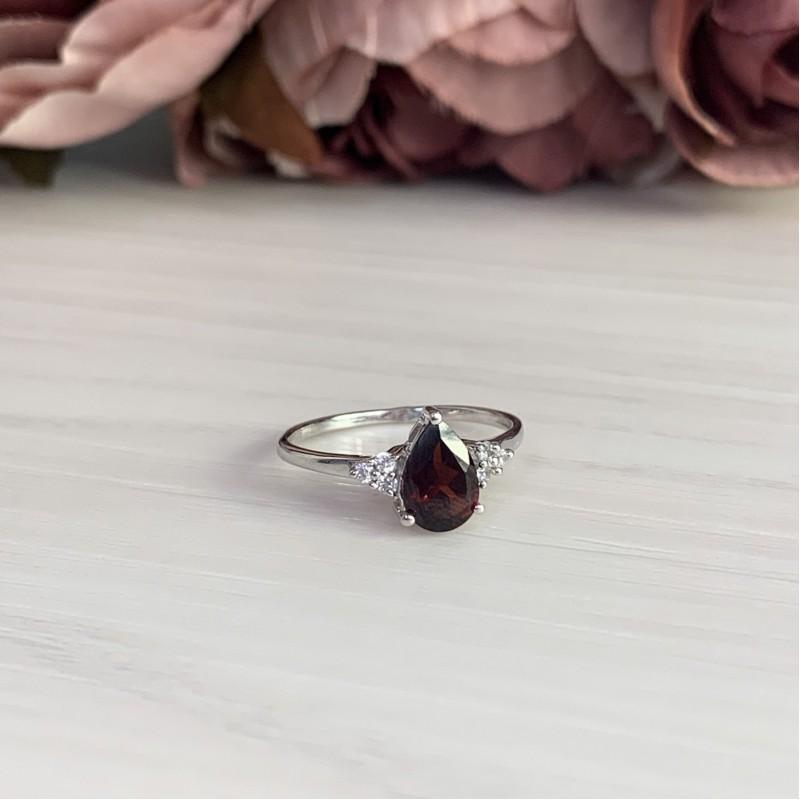 Серебряное кольцо SilverBreeze с натуральным гранатом (1317877) 16.5 размер