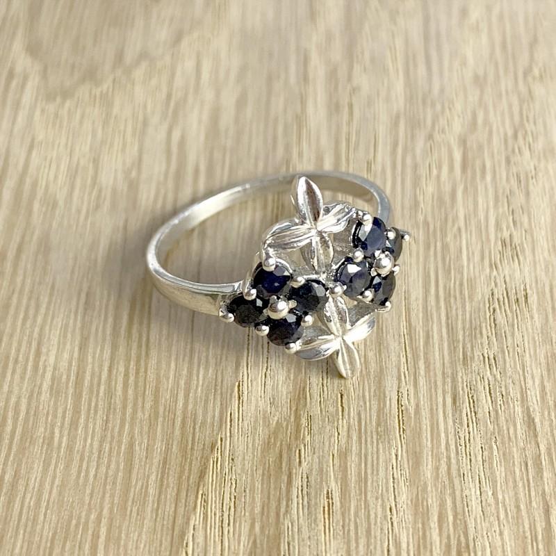 Серебряное кольцо SilverBreeze с натуральным сапфиром (1718711) 18 размер
