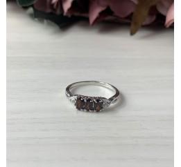 Серебряное кольцо SilverBreeze с натуральным гранатом (1957974) 17 размер