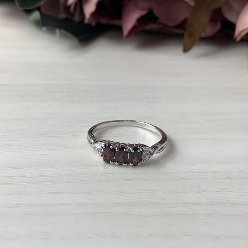 Серебряное кольцо SilverBreeze с натуральным гранатом (1957974) 16.5 размер