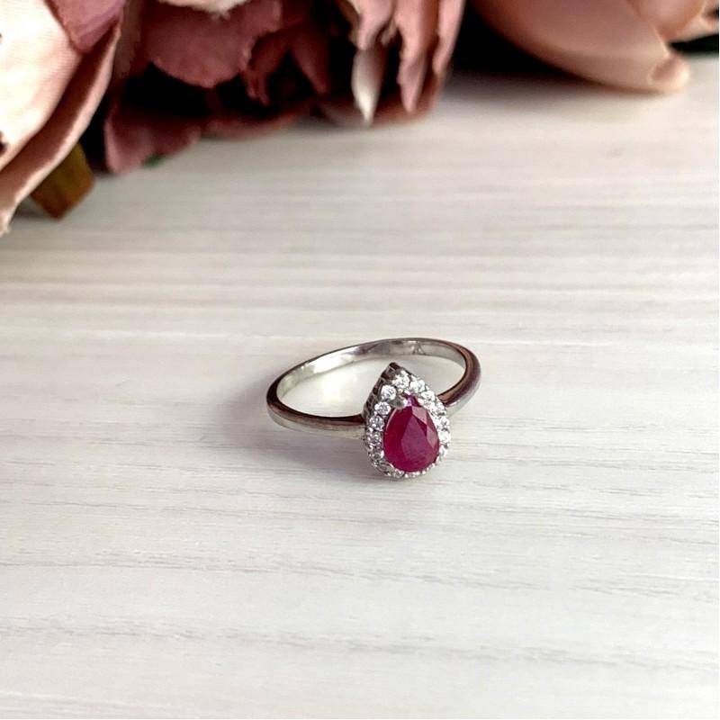 Серебряное кольцо SilverBreeze с натуральным рубином (1981825) 18 размер